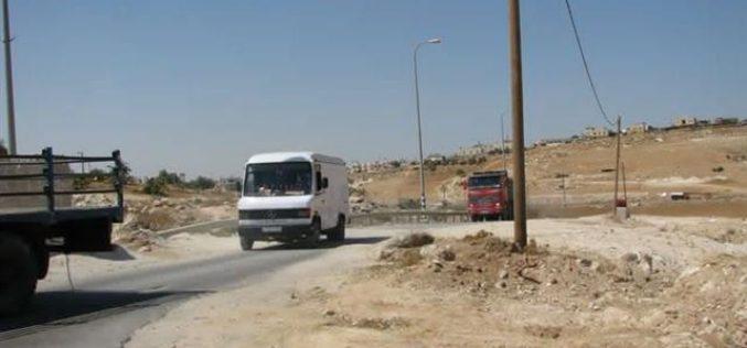 إزالة الحواجز الإسرائيلية … وهم يعيش في الإعلام فقط