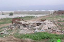 قوات الاحتلال تمنع المزارعين في  خربة يزرة من شق طريق زراعي
