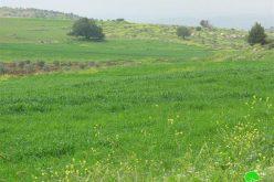 منع المزارعين الفلسطينيين من استغلال أراضيهم الواقعة الى الشرق من الجدار في قرية فقوعة