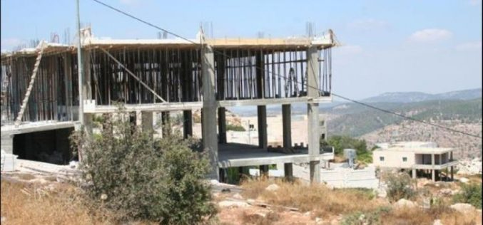 Palestinian Residences in Al Walajeh village continues to be threatened by the Israeli Municipality of Jerusalem and now with the Israeli settlers' claims