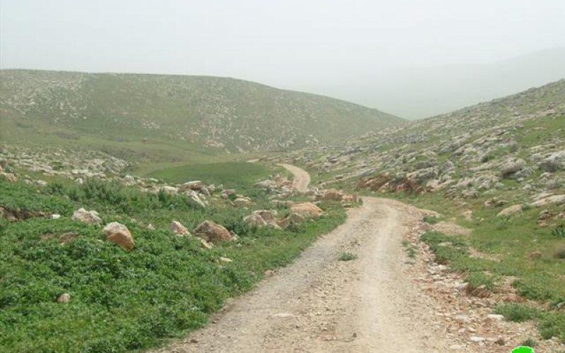 منع تأهيل  طريق يربط الخرب في سهل البقيعة  بمدينة طوباس