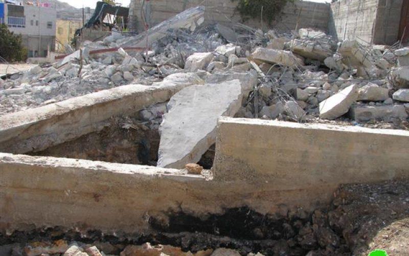 الاحتلال الاسرائيلي يهدم منزلاً ويشرد أفراده في حي البقعة