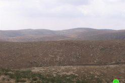 مستعمرون يستولون على أراضي عائلة الهذالين في بلدة يطا
