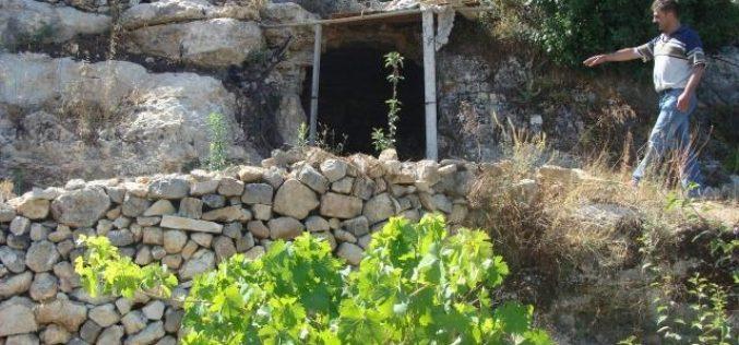 Kherbit Beit Zakariya clobbered by the Israeli occupation Demolishing residential house and water wells