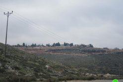 الاحتلال الإسرائيلي يخطر باستمرار وضع اليد على أراض في قرى سرطه حارس و بروقين- محافظة سلفيت