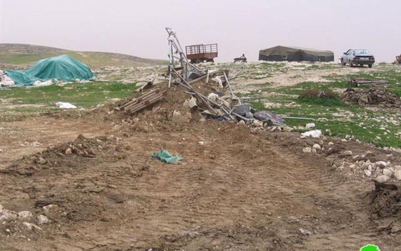 موجة هدم تجتاح خربة الرهوة جنوب الظاهرية <br> عملية الهدم طالت 20 مسكناً ومنشأة وآبار مياه