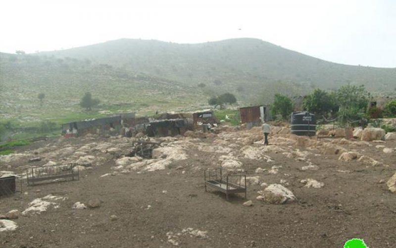 الاحتلال الإسرائيلي يحول بيوت الفلسطينيين إلى مناطق تدريب عسكرية في خربة يرزا- محافظة  طوباس