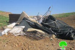 الاحتلال الإسرائيلي  يهدم بركسيين زراعيين في قرية الجفتلك – محافظة  أريحا