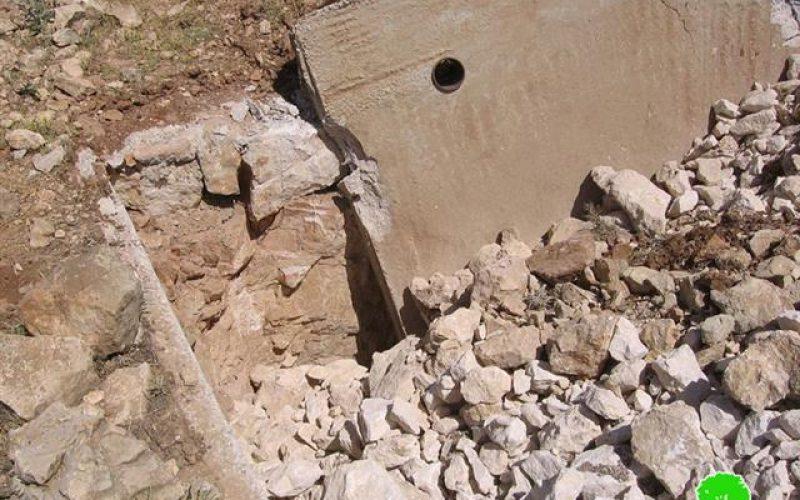 هدم بئر مياه وبركس في خلة الفرن جنوب الخليل
