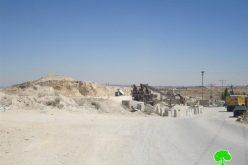 مصادرة  آليات من مصنع قنديل للباطون في قرية رافات