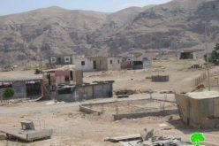 إخطار 11 عائلة بوقف العمل (بناء) في قرية فصايل / محافظة أريحا