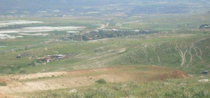 رغم اعتراف دائرة أراضي إسرائيلي بملكيتها للفلسطينيين, الاحتلال يماطل بإرجاع مئات الدونمات من سهل قاعون لأصحابها الحقيقيين