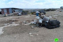 الاحتلال يهدم خيمة سكن في خلة المفاتيح غرب السموع