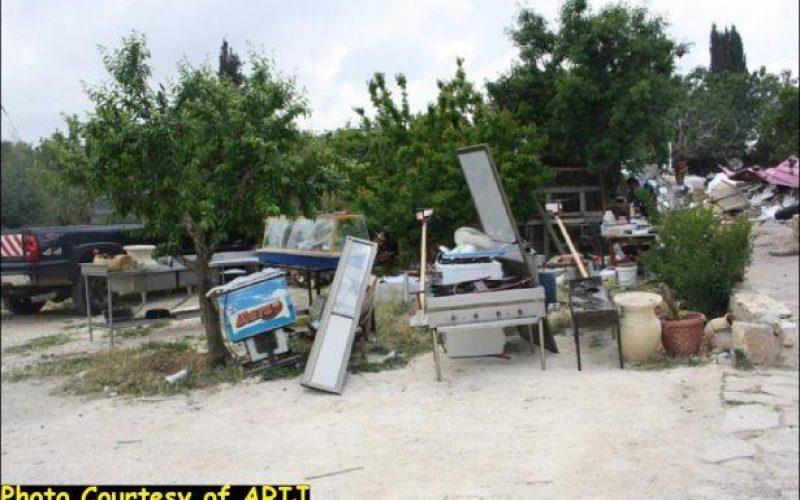 Israel Insists to eradicate Al Makhrour Residents Southwest of Beit Jala
