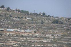 """توسع استيطاني جديد في مستعمرة """"كرمي تسور"""" على أراضي بلدة حلحول"""