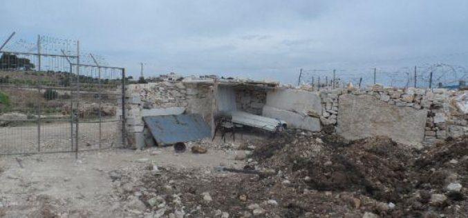 هدم غرفة زراعية في منطقة المعصرة / محافظة بيت لحم