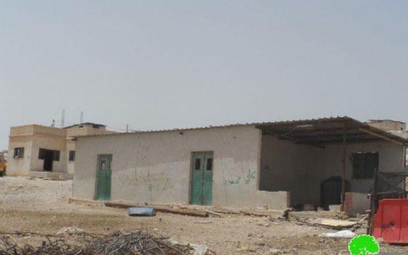 إخطارات منشآت (14) عائلة بدوية في بلدة العوجا  بوقف البناء /محافظة أريحا