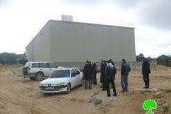 """مستعمرو """"يتسهار"""" يداهمون حاوزز المياه في قرية عصيرة القبلية /محافظة نابلس"""