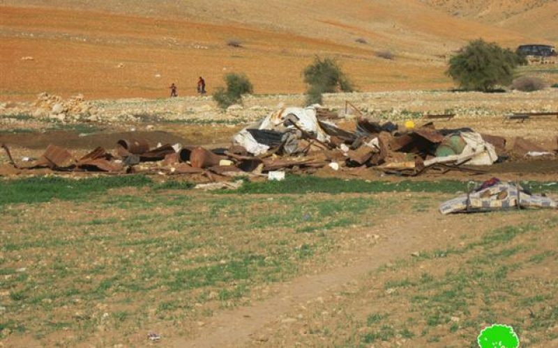 The Israeli occupation demolishes a number of residences and barns in Al Jiftlik