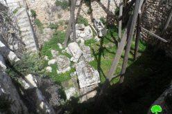 الاحتلال الإسرائيلي يتعمد إلى سرقة الآثار التاريخية في منطقة دير شرف