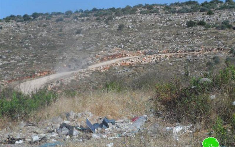 """الشروع في شق طريق التفافي لصالح مستعمرة """"ارائيل"""" على أراض مدينة سلفيت"""