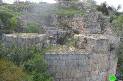 الشروع في تغيير المعالم التاريخية  في قرية سبسطية