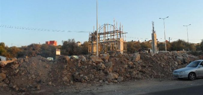 Israeli military blocks the entrance of Deir Istiya village
