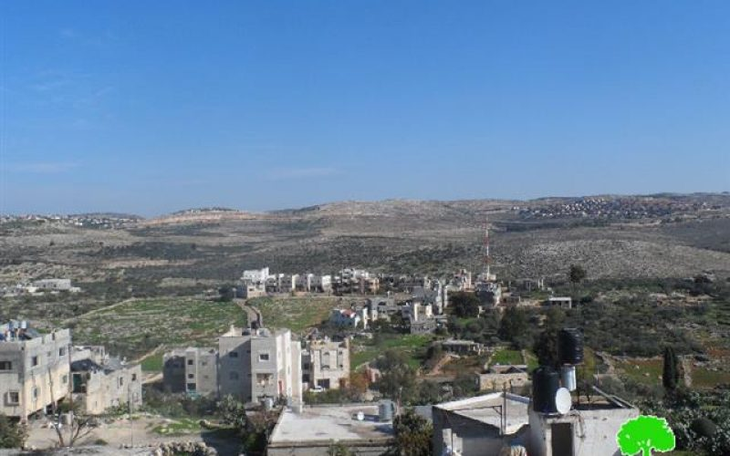 إصدار إخطاراً عسكرياً بمنع البناء الفلسطيني في محيط الجدار العنصري المحيط بمستعمرتي بيت اريه و عوفريم