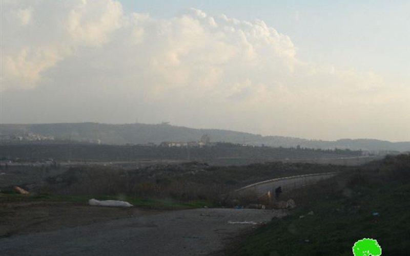 إخطار بتمديد سريان استمرار مصادرة 321 دونم من أراضي قرى غرب محافظة رام الله