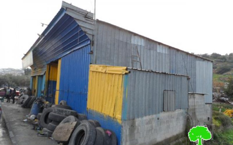 The Israeli occupation threatens three commercial structures with demolition in Idhna village