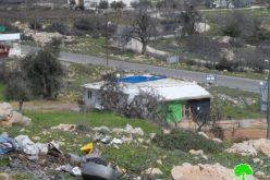 """في خطوة تصعيدية خطيرة في الخليل : بلدية مستعمرة """" كريات اربع """" تبلغ مواطناً بدفع ضريبة """" الأرنونا"""