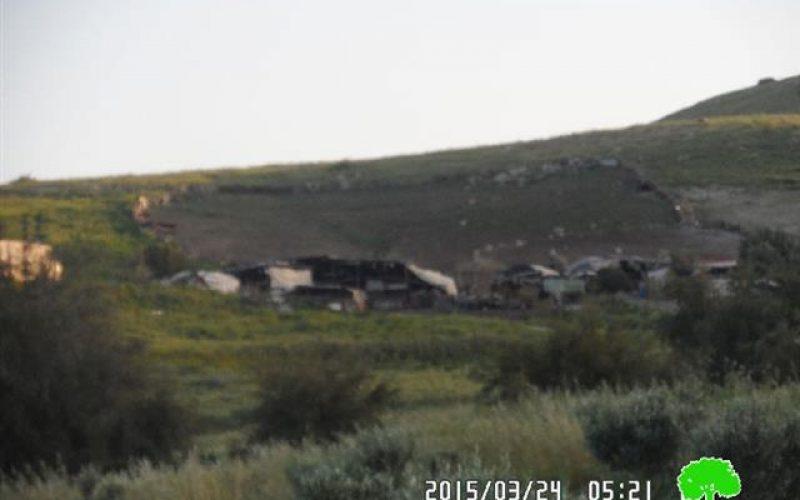 """إخطارات بهدم عدد من المنشآت السكنية والزراعية في منطقة """" سهل البقيعة"""""""