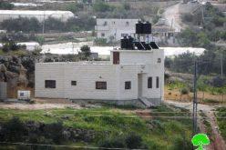 إخطارات بوقف العمل في 4 منازل في بلدة صوريف / محافظة الخليل