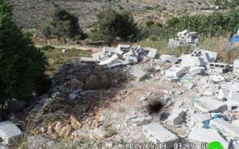 Demolition of a industrial workshop in Silwad town