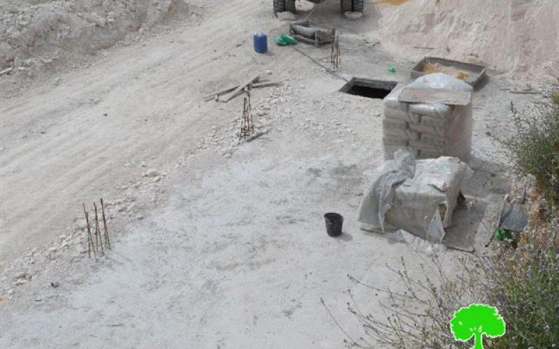 إخطارات بوقف العمل في شبكة كهرباء وهدم بئر بقرية الكوم