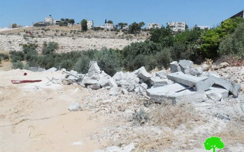 The Israeli occupation delivers 6 stop-work order in Bethlehem, demolishes a retaining wall and confiscates a caravan