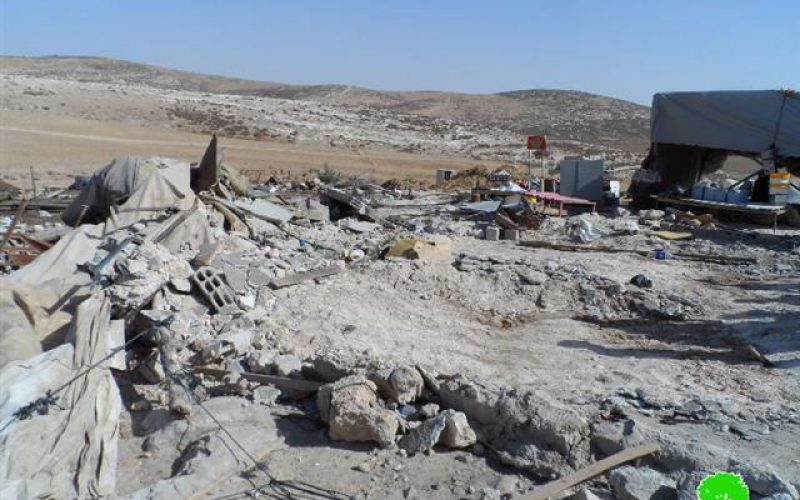 The Israeli occupation demolishes structures in the Hebron village of Al-Dhahiriya