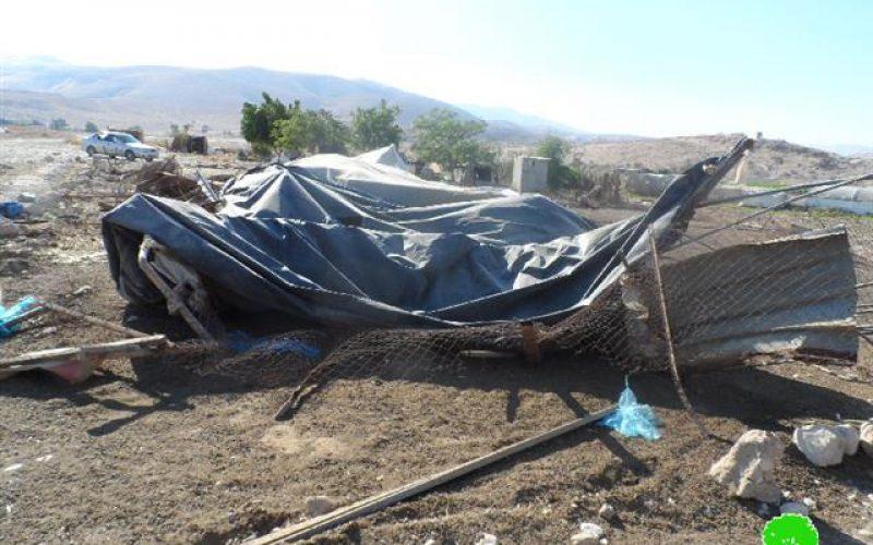 هدم مساكن و بركسات في قريتي الجفتلك والزبيدات شمال مدينة أريحا