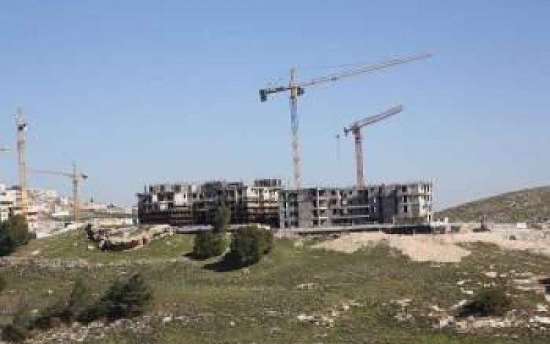 """""""بالاضافة الى 1079 كرفانا"""" <br> اسرائيل تبني اكثر من مليون متر مربع في 162 مستوطنة ما بين العامين 2012 و 2014"""