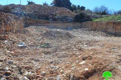 إخطارات بوقف العمل في 4 منازل ببلدة بيت أمر في محافظة الخليل