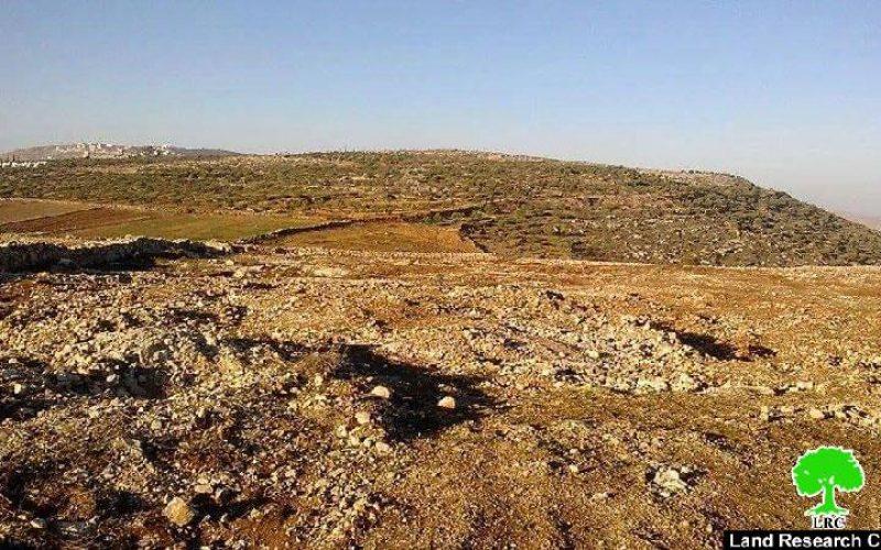الاحتلال الإسرائيلي يصادر آليات زراعية أثناء عملها على استصلاح أراض زراعية في بلدة عقربا