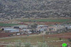 الاحتلال يسلم إخطارات بوقف البناء لمساكن في خربة المراجم شرق قرية دوما