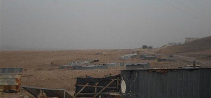 """اخطارات بإخلاء تجمع """" ابزيق"""" البدوي بحجة التدريبات العسكرية"""