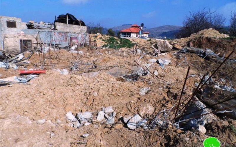 هدم منزلاً  قيد الإنشاء في بلدة بيت أمر بمحافظة الخليل