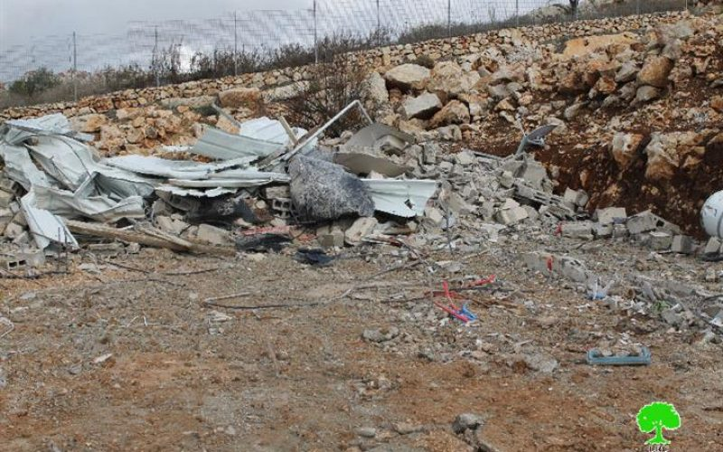 The occupation Municipality oblige Jerusalem man to self -demolish his barn