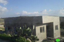 الاحتلال يخطر بوقف البناء لـ 7 منازل سكنية في قرية بدرس غرب رام الله
