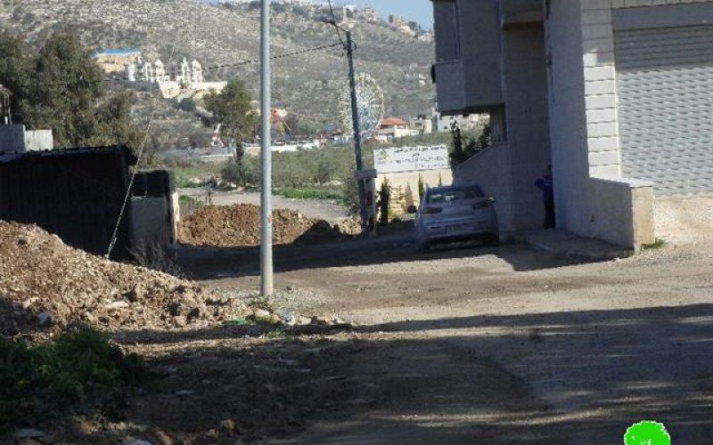 الاحتلال الإسرائيلي يشدد إغلاق  مداخل قرية عورتا جنوب مدينة نابلس