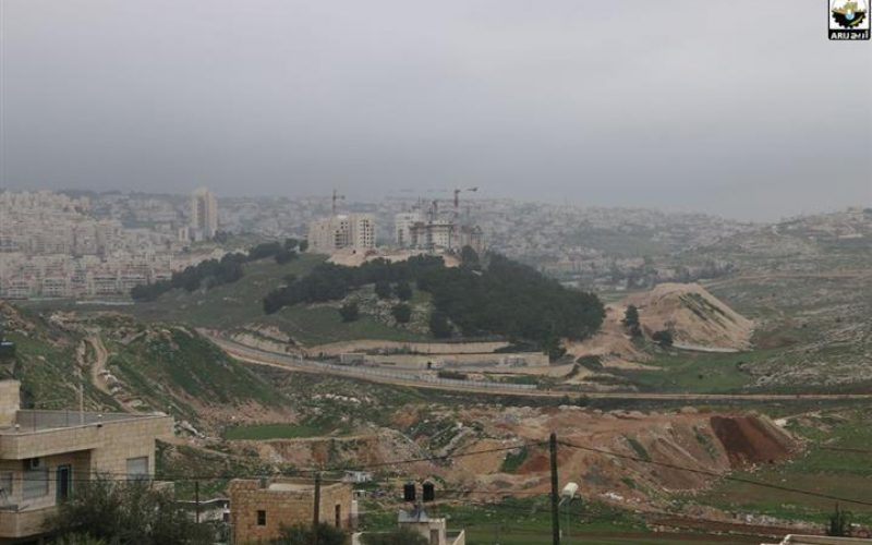 """Extensive destruction and appropriation of land"" <br> Har Homa settlement undergoing expansion over large areas of Beit Sahour city"