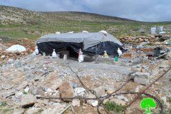الاحتلال يهدم مسكناً ومنشآت زراعية في خربة جنبة بمسافر يطا