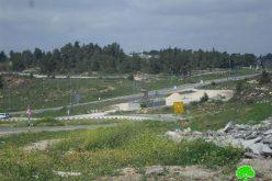 لإقامة برج مراقبة عسكري احتلالي .. الاحتلال إخطار عسكري يصادر 6 دونمات زراعية من الأراضي الفلسطينية في قرية بيتين